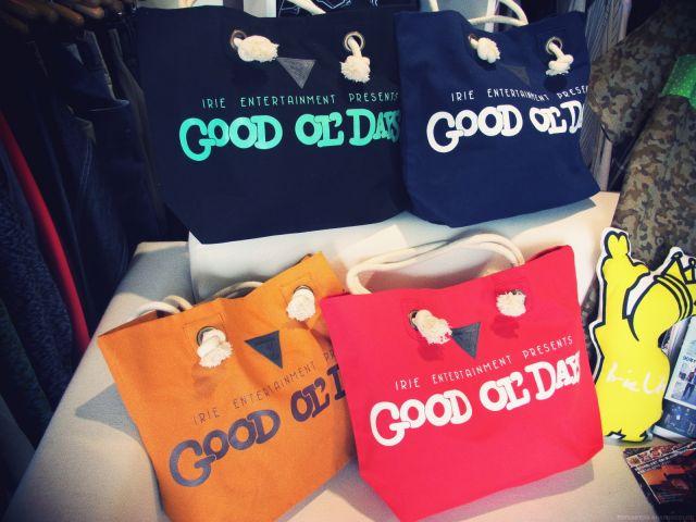 VINYL JUNKIE × GOOD OL'DAYS  TOTO BAG