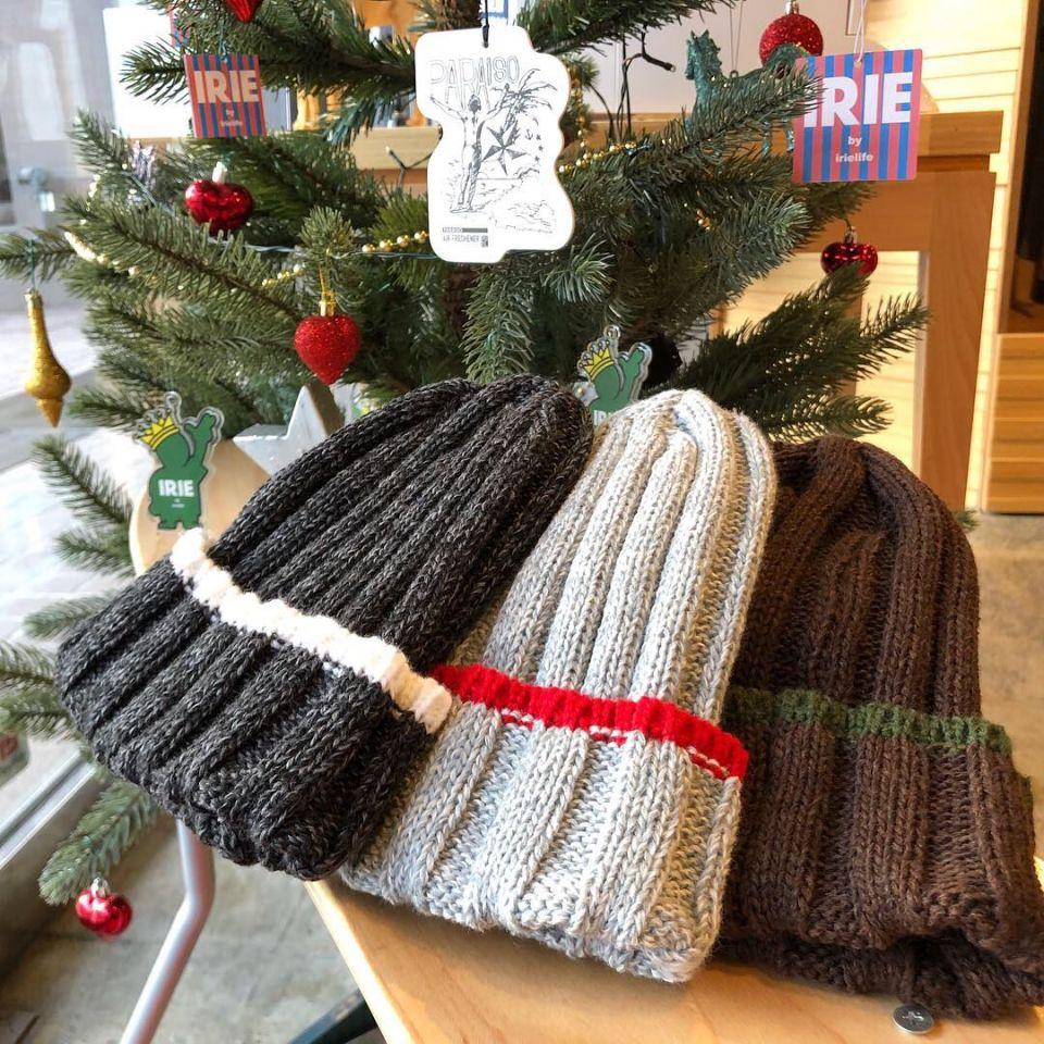 寒い冬にはKNIT CAP!!